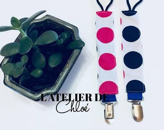 Attached to pacifier, pacifier, pacifier clip, baby, convenient, practical accessory, polka dots, Fuchsia and Navy