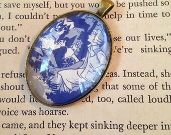 "Nancy Drew ""The Clue in the Old Album"" pendant"
