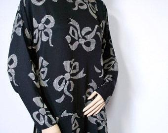 Dress Vintage Nicole Miller Dress Vintage Black Bow Print Dress Drop Waist Dress Size Medium - Large