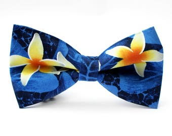 Flowers Bow Tie, Hawaiian, Formal Bow Tie, Bow Tie for Wedding, Groomsmen Bow Tie, Mens Bow Tie, Boys Bow Tie, Dog Bow Tie, For Him
