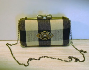 The NEW Jayne Box Clutch by fancibags on Etsy