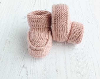 Pink Knit Baby Booties / Girl Baby Booties / Merino Wool Booties / Newborn Baby Girl Gift / Knitted baby Shoes / Baby Girl Shower Gift