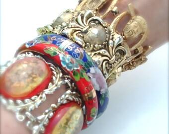 kiamichi7 Vintage Lucite Exotic Runway Display Designer Bracelet Bangles Cuffs Metal Jewelry, Listing for One Bracelet