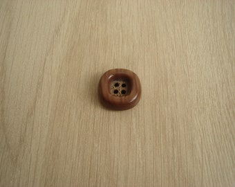 wood button veinnage Brown square shape