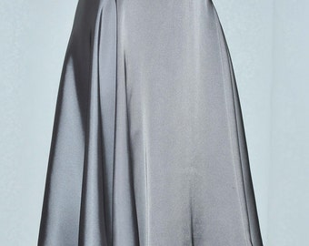 Poly Silk Chiffon Platinum  Skirt size 12.. NEW.. A-Line.. soft flowing , elastic waist.. holiday, casual