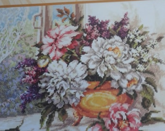 SUMMER FLOWERS No 3 is a 14 count cross stitch kit