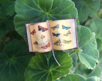 Vintage Butterfly - Open Book (Small) - Dollhouse Miniatures