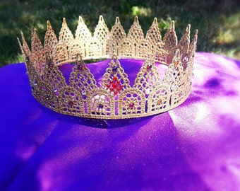 Extra embellished Queen crown