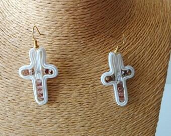 """Earrings earrings earrings """"Cassiopeia"""" Soutache Sutasz cross Krzyż cross ivory Kość słoniowa ivory copper Miedź"""