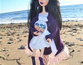 Miracle expecting, Handmade pregnant doll