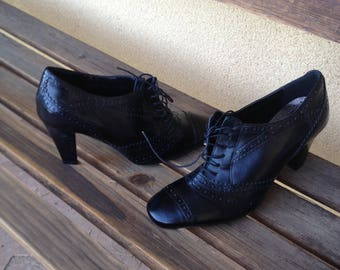 Leather Oxfords, Black Oxford Shoes, Oxford Heels, Black Oxford Heels, Ladies Oxfords, Ladies Oxford Heels, Size 8 Oxfords,  Edwardian Style