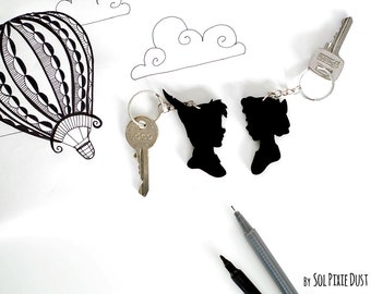 Set of 2 key chains - Peter Pan and Wendy Silhouettes