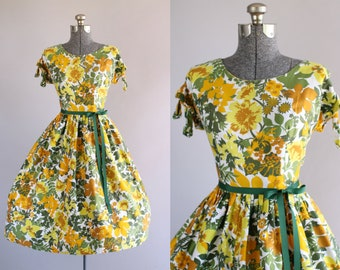 Vintage 1950s Dress / 50s Cotton Dress / Green Orange and Yellow Floral Dress w/ Peek a Boo Sleeves L