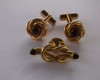 Vintage Cuff LInk Set, Faux Rubies in Gold Tone Knots with Faux Ruby Tie Pin by Swank, Gorgeous Set