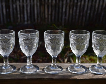 Set of 4 Cordial Clear Cape Cod Glass.  EAPG Wine Glasses.  Aperitif or Sherry Stemware. + 1 Extra for 5 Total.  - VG130