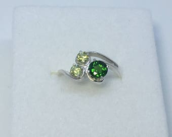 Chrome Diopside and Peridot Ring, .61 Carats, 5mm and 3mm Rounds, Sterling Silver, Size 5