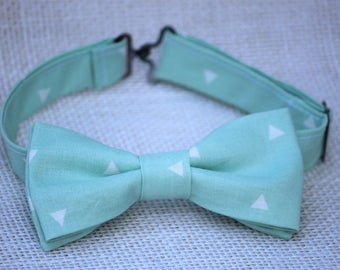 Mint bow tie, mint white triangles boys bow tie, boys bow tie, ringboy bow tie, ring bearer bow tie, mint white bow tie, mint green bow tie