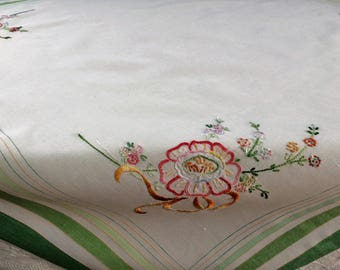 Embroidered Tablecloth. Vintage Square Linen Tablecloth. Hand Embroidered White Tablecloth with Green Hem and Silk Embroidery Thread RBT2882