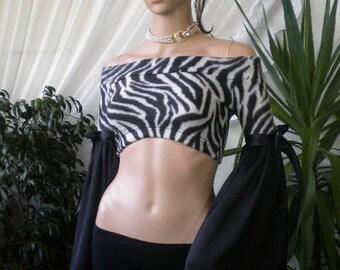 White black bolero - Zebra with bare shoulders and sleeves