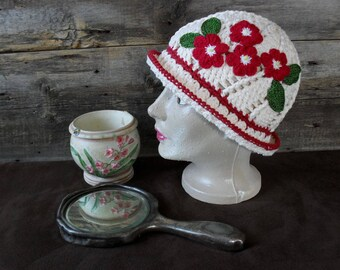 Small Vintage adult Hat