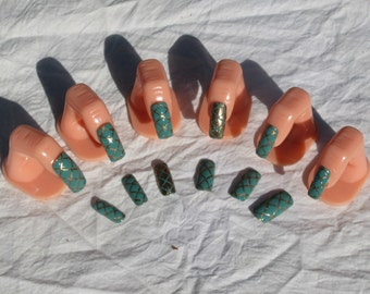 Jade Snake Green and Gold Nail Art