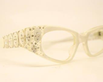 Unused White Wrap Rhinestone Vintage Cat Eye Glasse