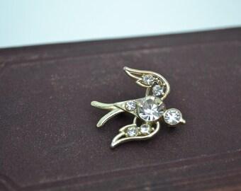 Bird Brooch, Gold Brooch, Gold Bird Brooch, Sparrow Brooch, Vintage Brooch, Crystal Brooch, Rhinestone Brooch