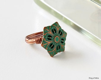 Green Button Ring, Copper Button Ring, Snowflake Ring, Vintage Style Ring, Button Jewelry, Wire Wrapped Ring, Copper Wire Ring, Unique Ring