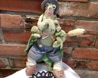 Frog with baby, Stuffed green frog on lily pad, Frog décor, plush frog, old stuffed frog, Morethebuckles