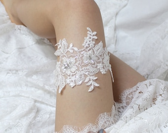 Lace garter, wedding garter, bride garter, lace garter, wedding garter belt, keepsake garter