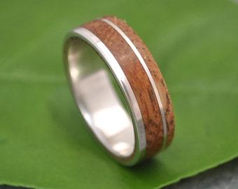 Size 6.75, 6mm READY TO SHIP Bourbon Barrel Wood Ring - White Oak Un Lado Asi Wood Ring, whiskey barrel ring, wood wedding ring