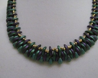 Beaded crescent necklace, beaded drop necklace, purple necklace, green necklace, ajustable necklace, crescent  beads, drop beads