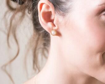 PEARL- Button Pearl Earrings, Pearl Earrings Studs, Gold Pearl studs, Pearl Post Earrings, Small Post Earrings, Gold Stud Earrings, Studs