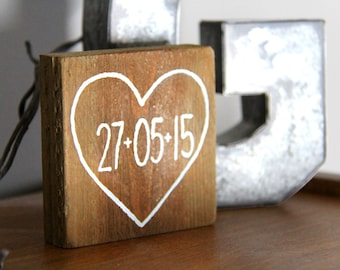 Custom // Date with Small Heart / Anniversary, Birth Record, Wedding Reclaimed Pallet Wood Sign