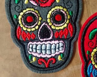 Gray skull Patch embroidery