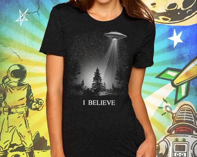 The X-Files / I Believe UFO / Women's Vintage Black T-Shirt