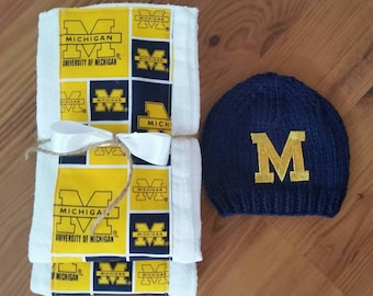 U of M Baby,University of Michigan Baby Hat and Burp Cloth Set, U of M Burp Cloth and Knitted Baby Hat,Newborn Photo Prop, Baby Boy Knit Hat