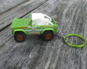 Ford Bronco keychain, Die Cast Keychain Baja Racer, Off Road Bronco, Mens or Womens keychain, 4x4 keychain, Mens or Womens gift Stocking