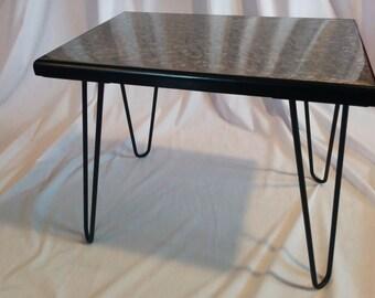 Handmade metallic effect resin end table