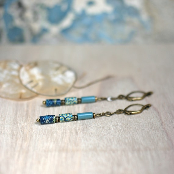 Long minimal earrings 'Ixia' blue, yellow and green patterned beads on brass