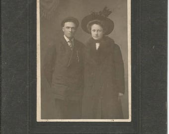 Antique 1900 Victorian Cabinet Photograph of Couple in Black Coats and Hats