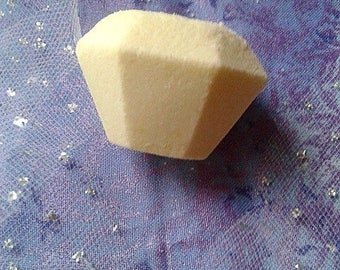 Citrine Bath Bomb / sunflower fragrance / yellow / gemstone / crystal
