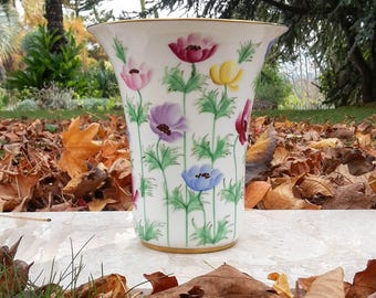 Fine Italian Porcelaine Hand Painted Vase - 23 cm - Signed and numbered