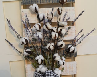 Rustic Cotton and Lavender Wooden Pallet