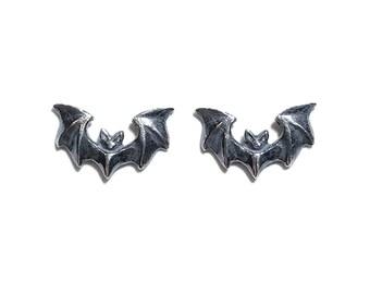 Mini Vampira earrings in oxidized sterling silver (Art Deco goth Bats)
