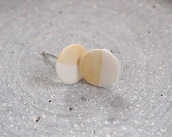 Earrings made of porcelain
