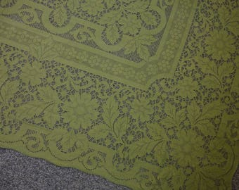 UNUSED Vintage Green Lace Tablecloth 82x66