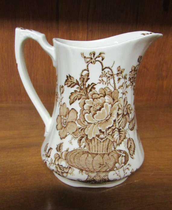 """Alfred Meakin """"Charlotte"""" Pitcher"""