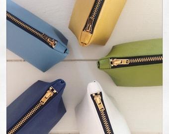 Faux leather pencil case / vegan pencil pouch / vegan zipper pouch / zipper pouch / blue pencil case / yellow pencil case