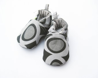 SALE  XS Organic Grey Dot / All Fabric Soft Sole Shoes / Ready to Ship / Babies